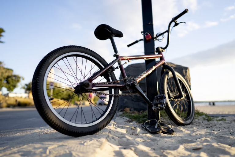 How Much Does a BMX Bike Weigh? (6 Main Components That Add to Its Weight)
